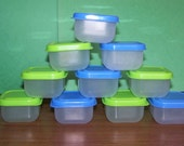 10 plastic craft containers
