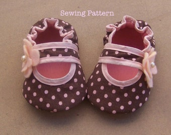 Bella Baby Crib Shoe Sewing Pattern /Tutorial- 5 different sizes