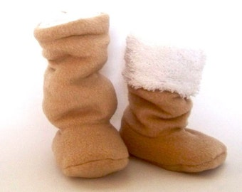 Baby Boots Sewing Pattern - Super Slouchy Fleece Winter Baby Boots 0-18 months