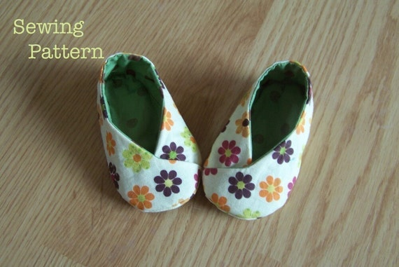 DIY Baby Kawaii Kimono Shoes PDF Pattern -Make Them Yourself \/Reversible\/ strap option\/ 3-18 months