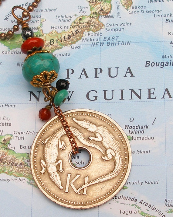 Papua New Guinea, Vintage Coin Necklace - - Puk Puk - - Freshwater Crocodiles - Threatened Species - Swamp - Indonesia