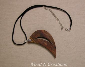 Necklace Crescent Shape Pendant Faux Suede Necklace