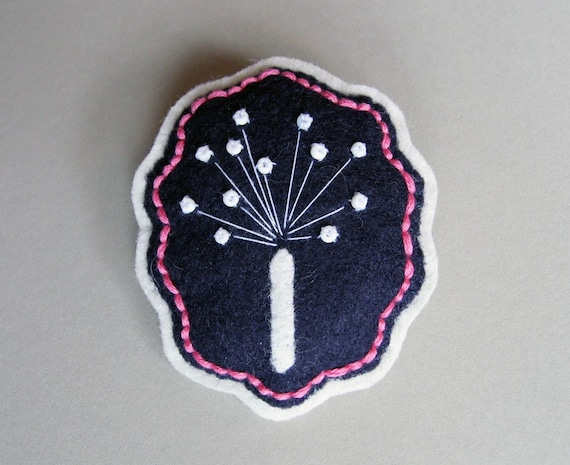Dandelion - Felt Flower Brooch Pin - Navy Blue