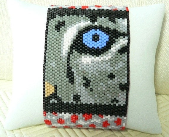 Eye of the Snow Leopard Cub beaded cuff bracelet: Instant Downloadable Pattern PDF File