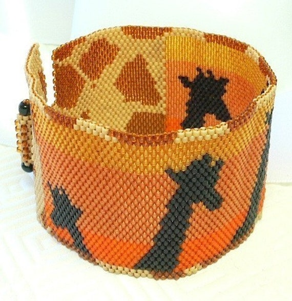 Giraffes at Sunset beaded Peyote cuff bracelet: Instant Downloadable Pattern PDF File