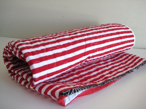 Modern Baby Quilt Red and White Perfect for your Christmas Pictures