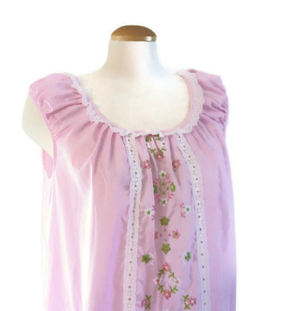 pink baby doll nightie 1960s