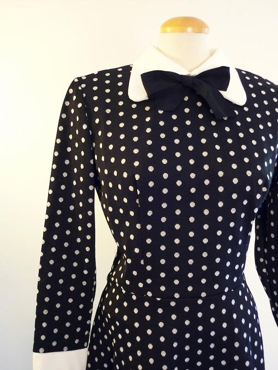 1960s mod dress -  black & white polka dot day dress - vintage 60s dress