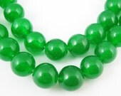 Semi Precious Beads, 8mm round jade beads, green color, smooth finish, 15 inch strand or 45 beads (350013)