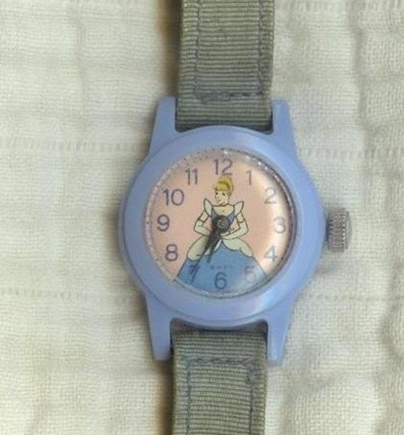 CINDERELLA  WIND-UP  WATCH, Vintage 50s-60s, Walt Disney, Blue Plastic, Childrens