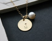 Personalize necklace, initial necklace, gold Initial disc, pearl necklace, 14K gold filled chain, monogrammed, wedding gift jewelry