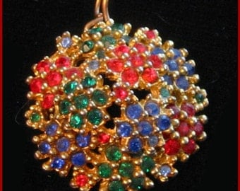 1940s Vintage pendant - Red, blue and green tiny rhinestone crystals cluster pendant