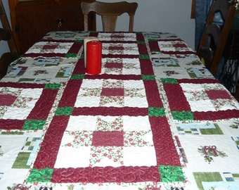 Table Runner with Place Mats,unique gifts,handmade items,quilted items, holiday runner, christmas decor, dinner tables, accessory item,