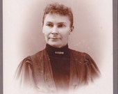 Wonderful Antique Cabinet Card from the Late 1800s-149