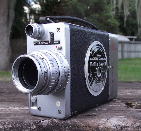 Vintage Bell and Howell 16mm Magazine Camera 200