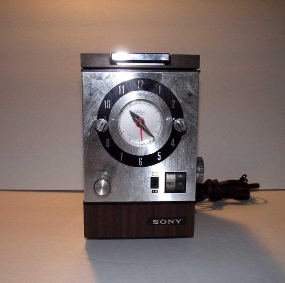 Sony Cube Clock Radio Retro Vintage