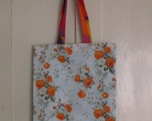 Flowery Retro Shopper