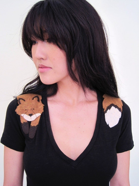 Wrapped Fox T-shirt in Black, Size Small