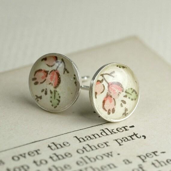 Alice rosehip post earrings