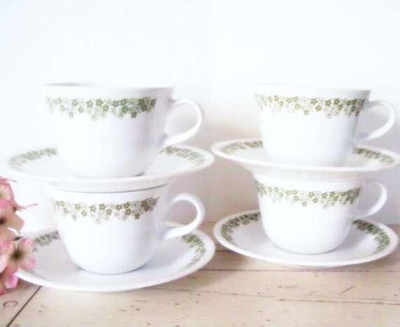 Pyrex Cups and Saucers Spring Blossom Pattern Craisy Daisy Instant Collection Green and White Christmas Decor