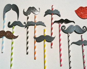Set of 200 Paper Straw Mustache or Lips on a stick / straw. Photo prop on a stick