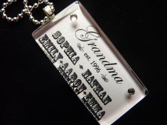 PERSONALIZED Grandma Mom Glass Tile Pendant Necklace/Keychain