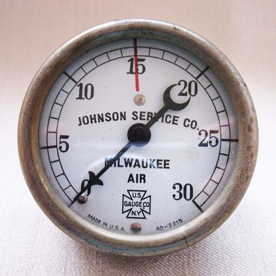 Vintage Milwaukee Air Gauge Dial from Johnson Service Company