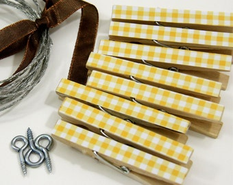 Clothesline Kit. Yellow Gingham Clothespins and Hanging Wire