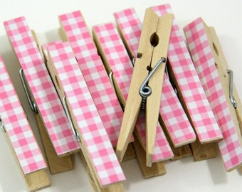 Clothespins.  Set of Ten. Baby Pink Gingham