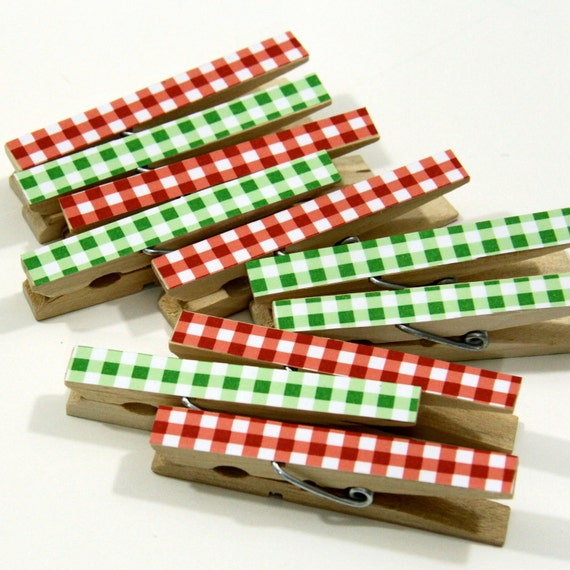Clothespins.  Set of Ten.  Red and Green Gingham