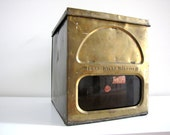 FREE SHIPPING - Vintage Biscuit Box