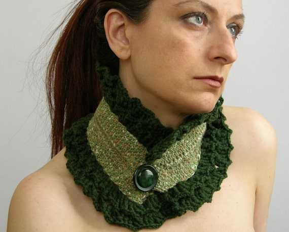 Scarflette neck warmer neck collar cowl crochet crocheted green emerald curationnation