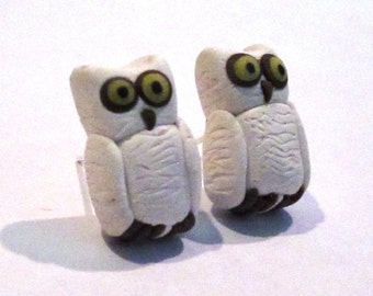 Snowy Owl Post Earrings - Handmade with Polymer Clay - Animal, Bird - Gifts Under 15, 20, 30