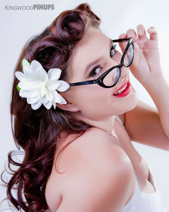 Whimsical White Dahlia Hair Flower Clip for Perfect Summer Pinup Hair