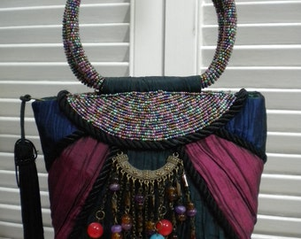 Free Shipping in USA - A Vintage Clasical Boho Bohemian  Evening Hand Bag