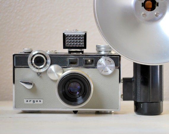 Vintage Argus C3 Matchmatic Camera with Flash and Case