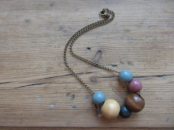 SALE / Vintage Wooden Beads and Chain Necklace - Upcycled and Recycled Jewelry