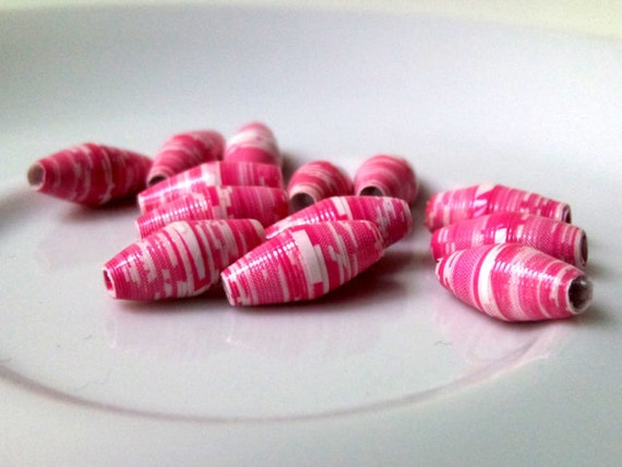 13 paper beads - hot pink -