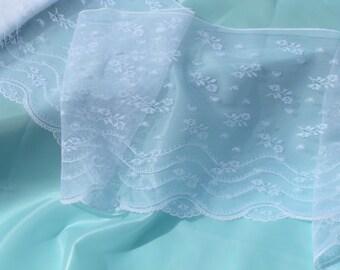 Romantic Lingerie Lace 15yds