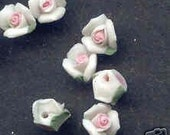 25 Porcelain White and Pink 8 mm Flower Beads         f15