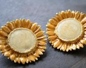 Vintage yellow sunflower enameled metal flowers earrings clips
