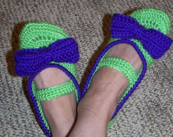 Pattern 28 Mary Jane Bow Slippers for Adults