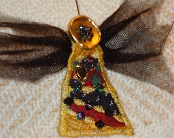 Angel on My Shoulder Quilted Beaded Pin