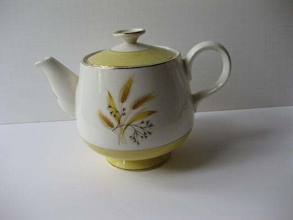 Vintage Century Service Autumn Gold Wheat Teapot