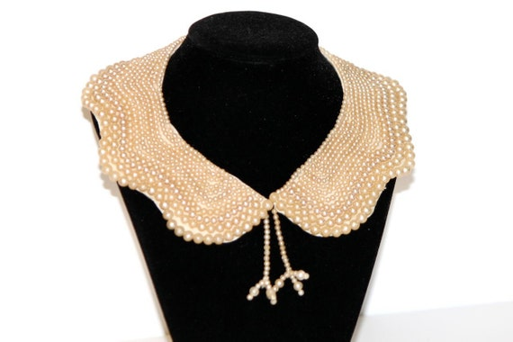 Gorgeous Vintage 1950s Pearl Detachable Beaded Collar