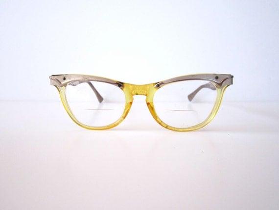 Vintage 1950s Two Toned Honey Cat Eye Glasses