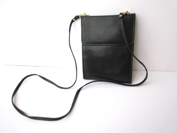 SALE Vintage Black 1980s Rectangular Genuine Leather Flap Pouch
