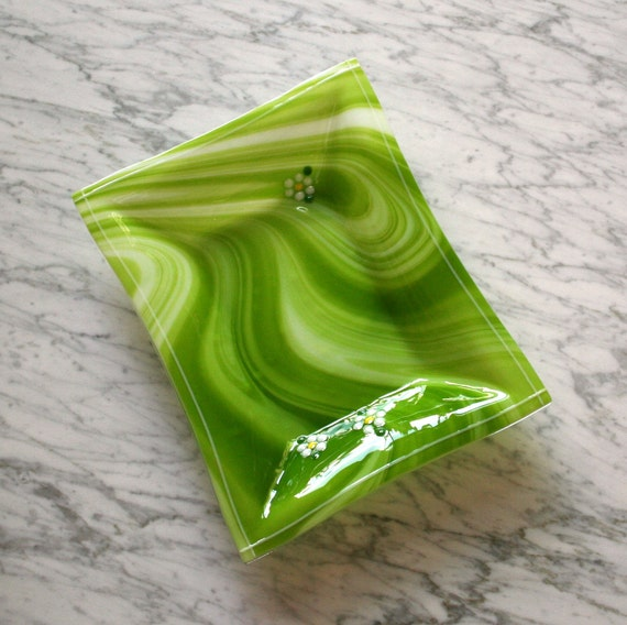 Glass serving dish, Sour Apple green bowl, Audrey tray, White flowers, Original rectangle.