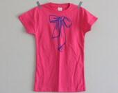 CLEARANCE  Tshirt Bow Girls Bright Pink with Blue Handprinted Screenprint Size M t shirt screen print medium youth shirt