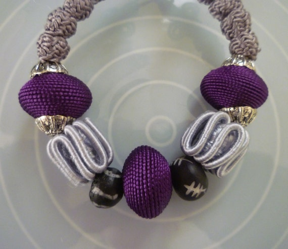 Moroccan art silk bead bracelet, gray and purple